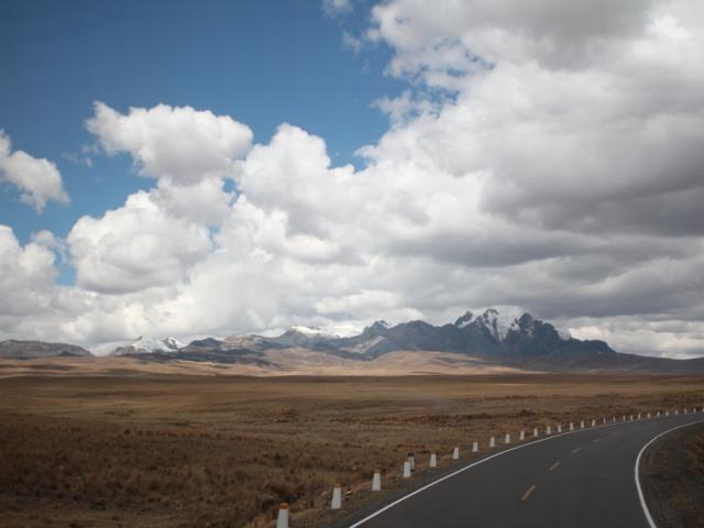 Querococha Mountains